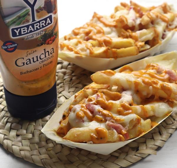 receta de patatas-fritas-gratinada-queso-bacon y salsa hecha con Bote de salsa Gaucha Ybarra 300ml boca-abajo